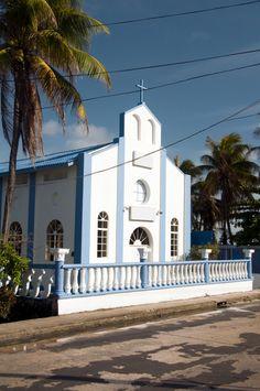 Colombia - Templo en la fantástica Isla de San Andrés.