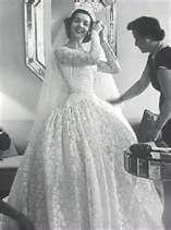 ... the charm 1950's wedding gown, these links will be a great start