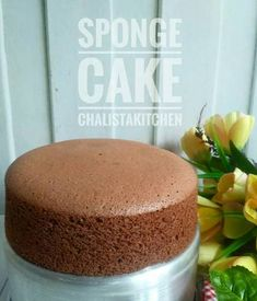 Whole pear cake - HQ Recipes Resep Sponge Cake, Resep Cake, Bolu Cake, Chocolate Sponge Cake, Pear Cake, Sponge Cake Recipes, Moist Cakes, Almond Cakes, Savoury Cake