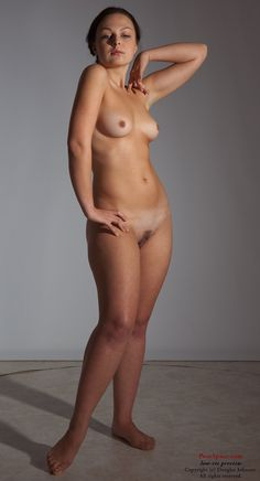 nude female art models The naked truth about life models: what drives women to embrace.