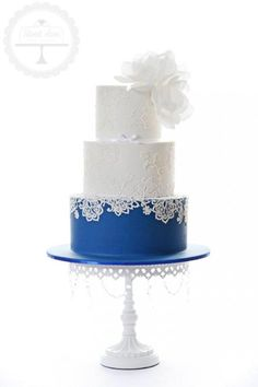 Weddbook is a content discovery engine mostly specialized on wedding concept. You can collect images, videos or articles you discovered  organize them, add your own ideas to your collections and share with other people - Sweet Love Cake Couture