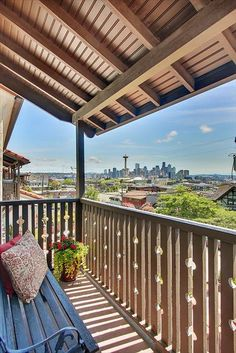 Queen Anne View Home For Sale!  http://www.queenanneboulevard.com