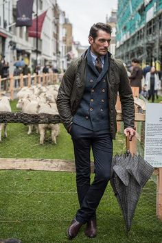 David Gandy leads off @BritishGQ's Superbly Suited Men on Savile Row for @CampaignForWool: http://www.gq-magazine.co.uk/style/articles/2015-10/05/best-mens-street-style-savile-row-wool-week …