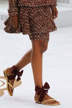 Неделя Высокой Моды в Париже, сезон осень/зима 2014/15: Chanel ~ View on Vogue