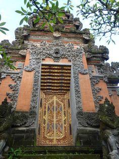 Door in Bali - Beautiful Entrance