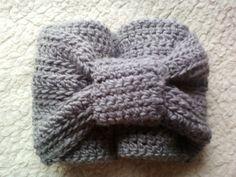 snood gris foncé et son noeud cravate : Echarpe, foulard, cravate par chely-s-creation alittlemarket.com