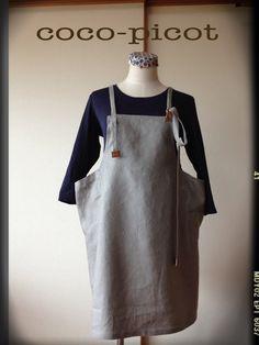 作品説明 とっても肌触りのいいリネン100%生地ですぽってりとしたポケットが可愛いエプロンドレス(*^^*)紐の長さがたっぷりあるのでその時のお洋服のイメ... ハンドメイド、手作り、手仕事品の通販・販売・購入ならCreema。