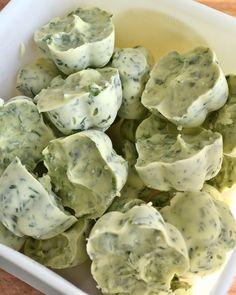 miris jahrbuch: Bärlauch-Kräuter-Butter