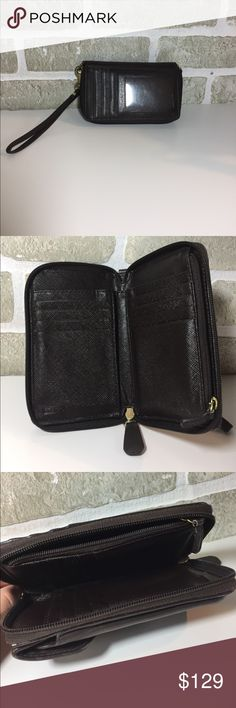 Was $129Brown 100% Authentic Coach Wallet Wristlet Brown 100% Authentic Coach Wallet Wristlet Purchased at The Coach Store. In excellent condition, used one season. Price is Firm. Bags Clutches & Wristlets