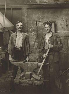 :::::::: Vintage Photograph :::::::: Blacksmiths