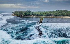 Drone Long Exposure For the full image head to my blog > http://www.brucelevick.com/drone-long-exposure/ DJI Mavic Pro Nisi Mavic Filter ND 64 .5 second exposure Full image at http://www.flickr.com/photos/brusca/ Local fisherman on the coast of South Sumatra chance their luck on a rocky outcrop during morning fishing. When you have been patiently awaiting the weather to turn for 3 days and the final morning the clouds are still not lifting and the light is still not breakin