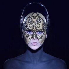 #olgaross #handmademasks #mask #masks #masked #masquerademask #fashion #fashionshow #fashionmasks #fashionstyling #fashioneditorial #couture #couturemask #style #stylist
