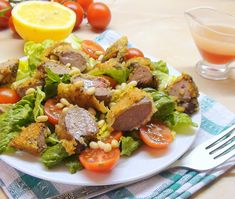 Тёплый салат с романо, куриной печенью в кляре и малиновым соусом. Для Венерочки и для вас