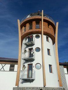 Erlebnisturm und der höchste Golfabschlag-Platz Europas in Freinberg/UpperAustria Pisa, Tower, Building, Europe, Amusement Parks, Rook, Lathe, Buildings