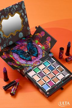 Be more adventurous when you do your makeup with Urban Decay's Alice Through the… Ultra Beauty, Diy Beauty, Beauty Makeup, Beauty Ideas, Beauty Hacks, Eye Palette, Makeup Palette, Alice In Wonderland Makeup, Justice Makeup