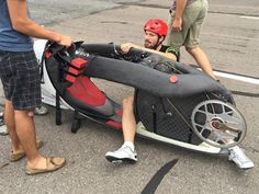 88 MILES PER HOUR! Todd Reichert hopes to smash the land speed record! Doc Brown would be proud. LEARN MORE: http://www.freep.com/story/news/local/michigan/2015/08/30/minutes-biker-needs-speed/71391208/?utm_content=buffer963e2&utm_medium=social&utm_source=pinterest.com&utm_campaign=buffer. #cycling #needforspeed #landspeedrecord #Aerovelo #backtothefuture #fluxcapacitor