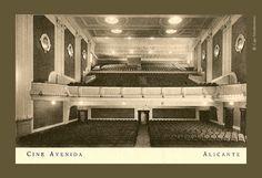 Cine Avenida. En Rambla de Méndez Núñez