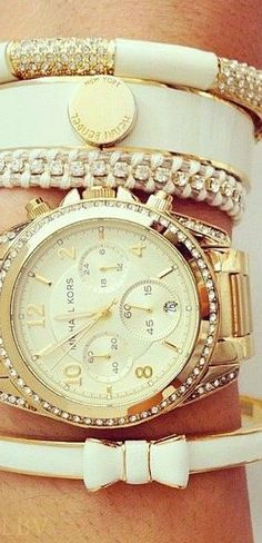 White and gold stack style | LBV ♥✤Michael kors!