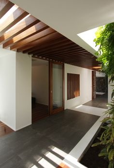 West Edge House, Epic House With Ocean Views - UltraLinx Architecture Résidentielle, Japanese Architecture, Exterior Design, Interior And Exterior, Tropical Houses, Ceiling Design, Beautiful Homes, House Plans, New Homes