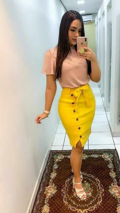 Professional Office Wears for Pretty Ladies - Ani Exclusive Modest Outfits, Classy Outfits, Skirt Outfits, Modest Fashion, Beautiful Outfits, Fashion Dresses, Sexy Dresses, Casual Dresses, Formal Dresses For Weddings