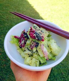 Gastrawnomica's Avocado-Hemp Salad (Protein rich!)