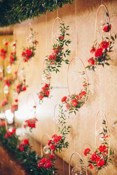 Wedding Hall Decorations, Desi Wedding Decor, Diy Wedding Backdrop, Marriage Decoration, Wedding Entrance, Engagement Decorations, Backdrop Decorations, Flower Decorations, Wedding Ceremony