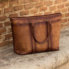 Handcrafted Custom Made Casual Tote in Medium Brown Painted Calf Leather From Robert August. Create your own custom designed shoes. Custom Design Shoes, Brown Paint, Minimalist Fashion, Minimalist Style, Medium Brown, Calf Leather, Leather Bag, Designer Shoes, Messenger Bag