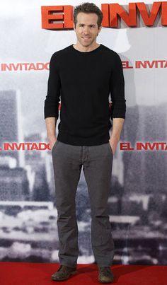 Ryan Reynolds.    GOTTA LOVE HIM!!