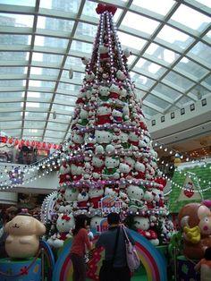 0824585d0a9d2 Hello Kitty Christmas Tree.  lt 3 Creative Christmas Trees
