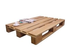 Great low level solid oak pallet table from Great British Designs