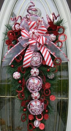 "Christmas Vertical Teardrop Holiday Door by AnExtraordinaryGift Ruppert-Snow Ruppert-Snow Wiltjer with a ""z"". Christmas Window Decorations, Christmas Swags, Noel Christmas, Holiday Wreaths, Christmas Projects, Winter Christmas, All Things Christmas, Holiday Crafts, Holiday Decor"