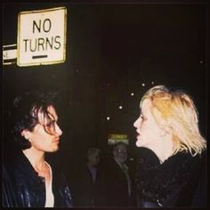courtney and jeff Jeff Buckley, Courtney Love, White Boys, Foo Fighters, American Singers, No One Loves Me, Great Artists, Storytelling, First Love
