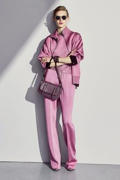 Bottega Veneta - Pre-Fall 2017. ~ Like the color & the purse.