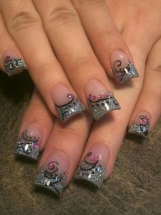 Not a fan of the flared nails just like the nail design. Probably would do it on natural nails Sexy Nails, Fancy Nails, Toe Nails, Fabulous Nails, Gorgeous Nails, Pretty Nails, Nail Tip Designs, Acrylic Nail Designs, Nails Design