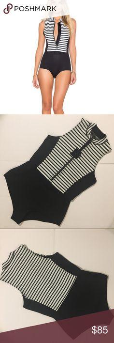 Tahari Womens Kaleo Black Size 100 29Ts