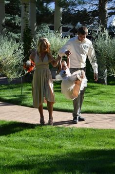 Swinging her way up the aisle