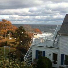 The Quarterdeck Inn By The Sea - New England Serving Rockport, Gloucester, Cape Ann, Massachusetts