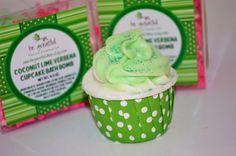 Coconut Lime Verbena Cupcake Bath Bomb by BeGreatfulShop on Etsy, $4.00