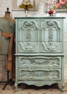 Lisa - this design is kinda like the one sitting in bedroom - Lovely Furniture / Vintage Painted Cottage Chic Shabby Aqua French by paintedcottages - wanelo Shabby Chic Furniture, Vintage Furniture, Painted Furniture, Country Furniture, Distressed Furniture, Distressed Dresser, Vaisseliers Vintage, Vintage Decor, Vintage Chest