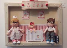 Empório das Pereiras: Quadro Maternidade Toy Chest, Storage Chest, Toys, Blog, Home Decor, Instagram, Plus Size Work, Frames, Kiss