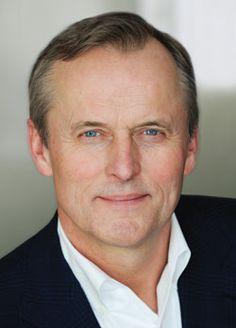 Authors - John Grisham