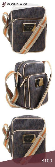 Michael Kors Flight Bag LIKE NEW! Michael Kors Bags Crossbody Bags
