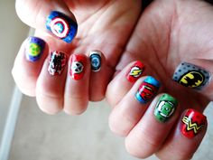 Comic Nail Art - DC vs. Marvel. Marvel nails (thumb to pinkie): Captain America, Hulk, Spiderman, X-Men, and Fantastic Four. DC nails: Batman, Wonder Woman, Green Lantern, Superman, and Flash. Inspired by design on polishartaddict.com #nailart