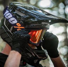 From the Industry leader in Goggles, bring to you their new range of Motocr. - Motocross y enduro - Motorrad Tatoo Motocross, Motocross Love, Enduro Motocross, Motocross Helmets, Downhill Bike, Mtb Bike, Motorcycle Bike, Dirt Bike Helmets, Dirt Bike Gear