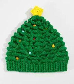 Gorro en árbol de navidad, que feo  :/
