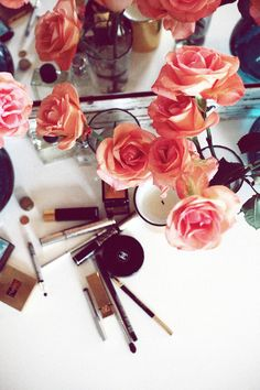Would love fresh roses in my bathroom every morning. What a way to get ready!