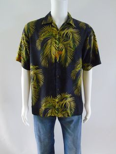 70256cd7 Vintage Tommy Bahama Black Hawaiian Palm Leaf Aloha Shirt Silk Button Down Sz  S