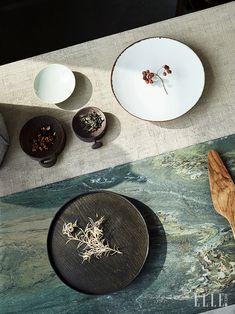 탐미주의 | 엘르코리아(ELLE KOREA) Pastel Photography, Food Photography Styling, Background For Photography, Menu Design, Food Design, Ceramic Plates, Ceramic Art, Prop Styling, Moon Cake