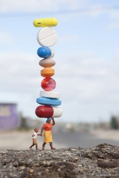 Little People - Slinkachu is a UK-based artist who creates tiny scenes on city streets that are both humorous and compelling. He photographs each scene and then leaves it to be discovered.