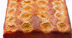 Recreate the taste of summer with a freshly-baked cake featuring apricots and almonds.